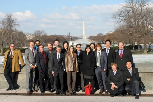 Dan Rothenberg (fourth from left) stands with MIT Science Policy Initiative students on the national mall in 2014. (Photo Courtesy of MIT Science Policy Initiative)
